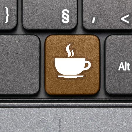 Tangentbord med pausknapp = brun tangent med vit kaffekopp på
